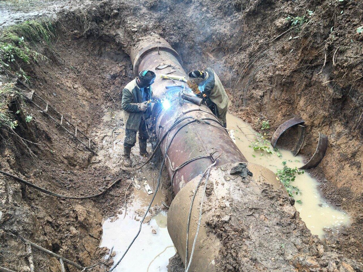 Повторный порыв магистрального водовода не позволяет улучшить водоснабжение городов Красный Луч, Антрацит, Перевальск и Петровское