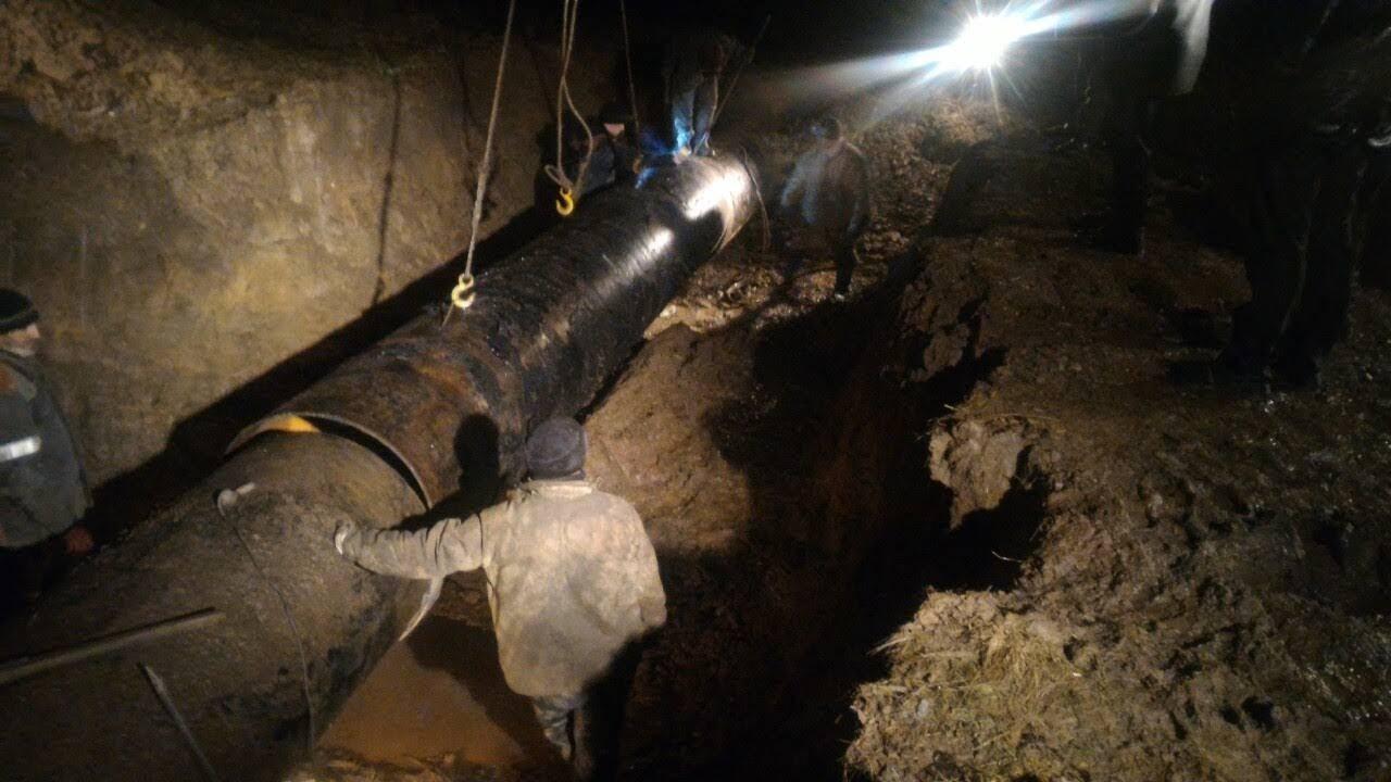 Очередная авария на Ровеньковском водоводе не позволяет нормализовать водоснабжение Ровеньков и часть Свердловского района